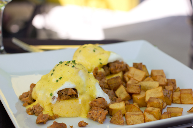 Eggs_Benedict_Faustina_Brunch