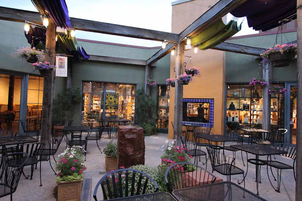 Patio Dining In Salt Lake City